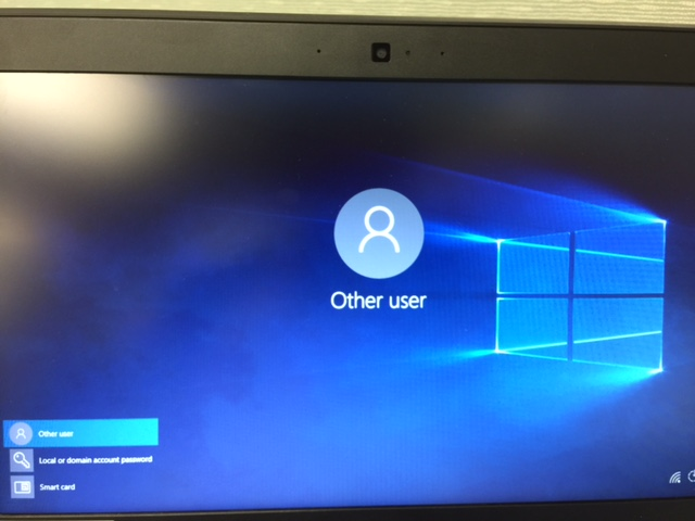 change pre login screen windows 8.1